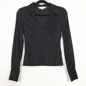 Trina Turk Low V Fitted Long Sleeve Collar Top